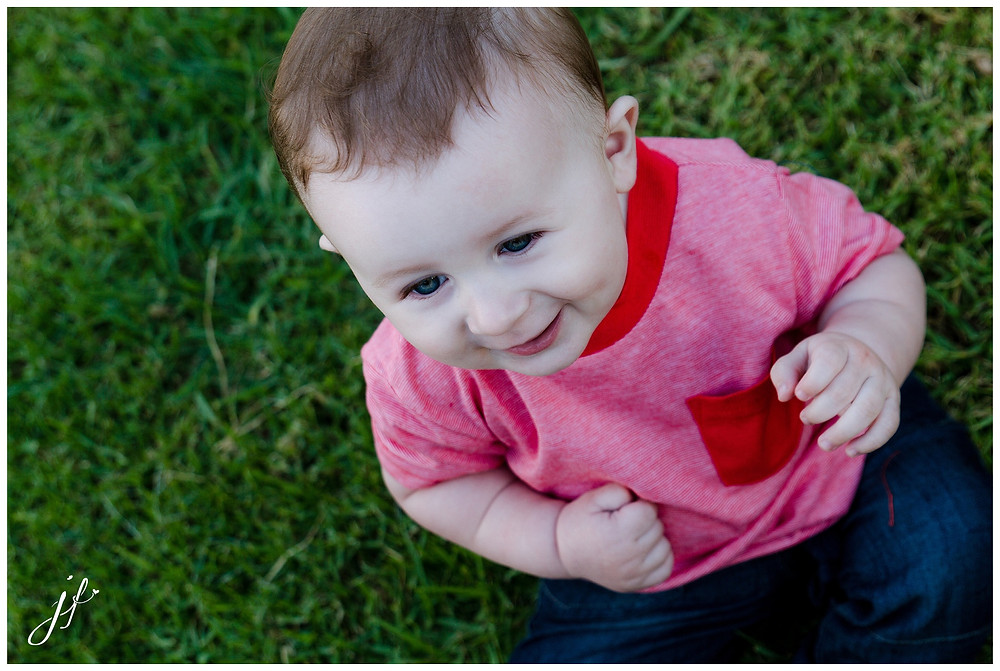 Gorgeous smiles at his 7 month photo shoot by Jaqui Franco Photography