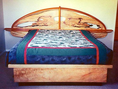 Kona Pedestal Bed