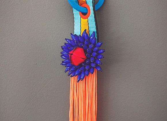 מחזיק מפתחות פרח כחול פרנז אפרסק