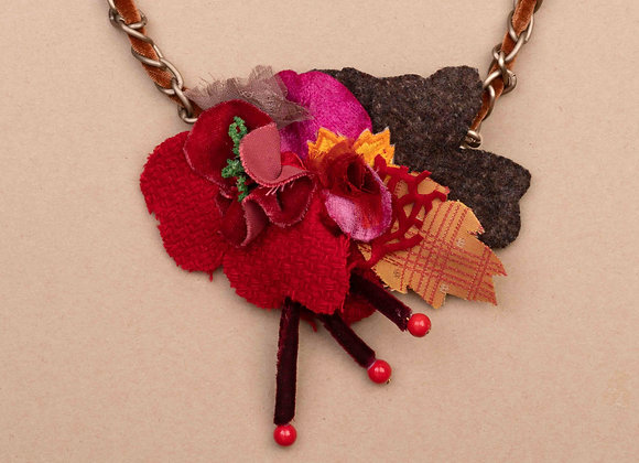 Red forest neacklace