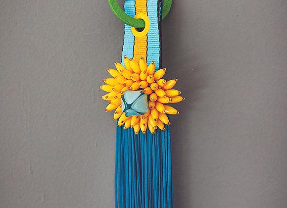 מחזיק מפתחות פרח צהוב פרנז טורקיז