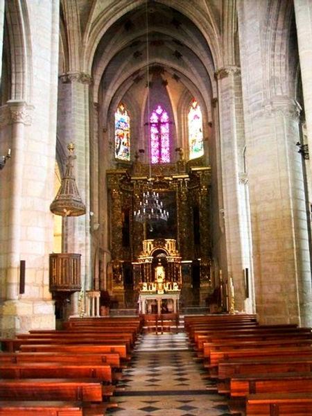 Interior de la Iglesia de San Gil (Burgos)