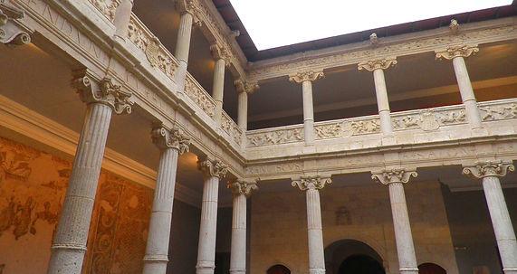 Patio de la Casa Miranda (Museo de Burgos)