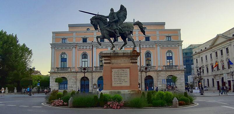 Estatua del Cid delante del Teatro Principal (Burgos)