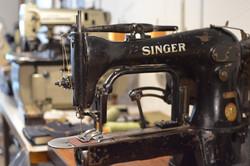 SINGER 69