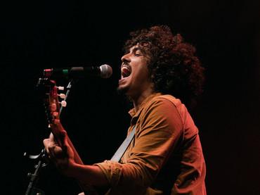 """Victor Mus lança mais uma faixa ao vivo, """"Qualquer Chão é Caminho"""""""