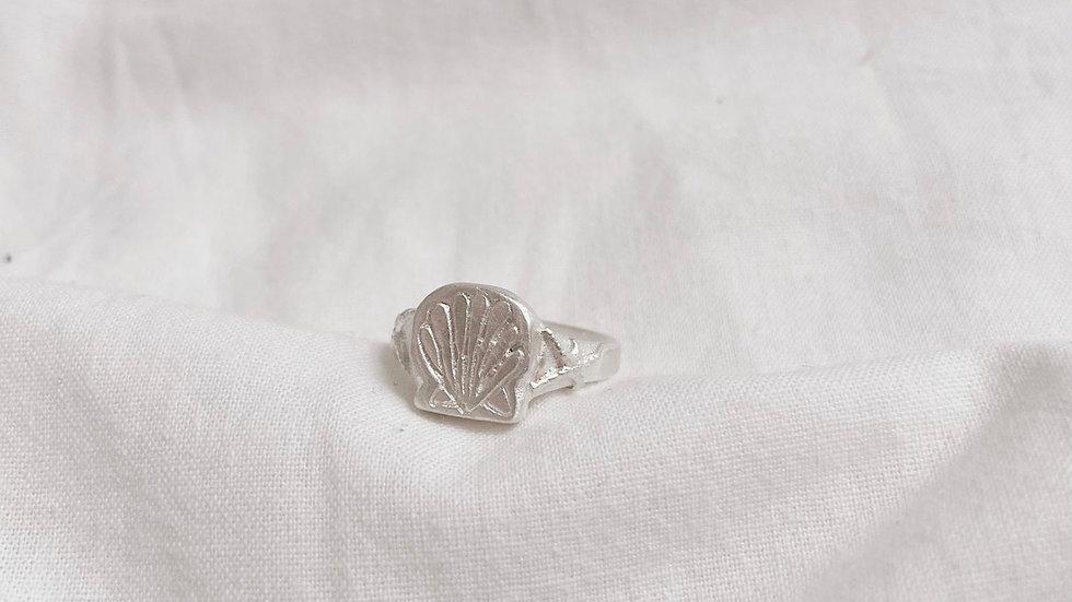 Ariel's starfish ring
