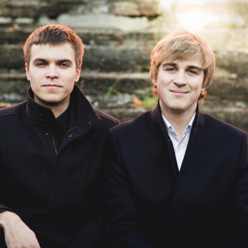 Klassikatähtede duo Johan Randvere (klaver) ja Marten Altrov (klarnet)