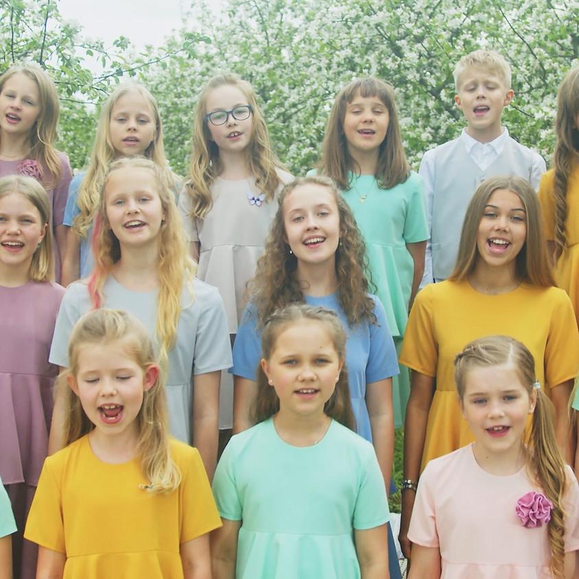 Laulupesa lapsed, Airi Liiva ja bänd