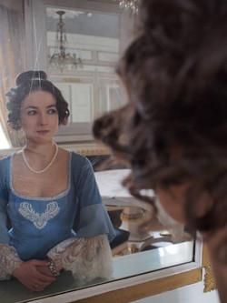 Anastasia Trizna as Countess Amalie