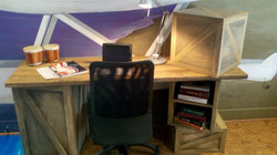 Cargo Desk