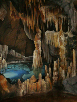 Luray Cavern Mural and Sculpted Cave