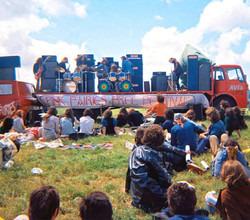 With the Pink Fairies outside the Bath Festival of Blues and Progressive Music, 28 Jun 1970