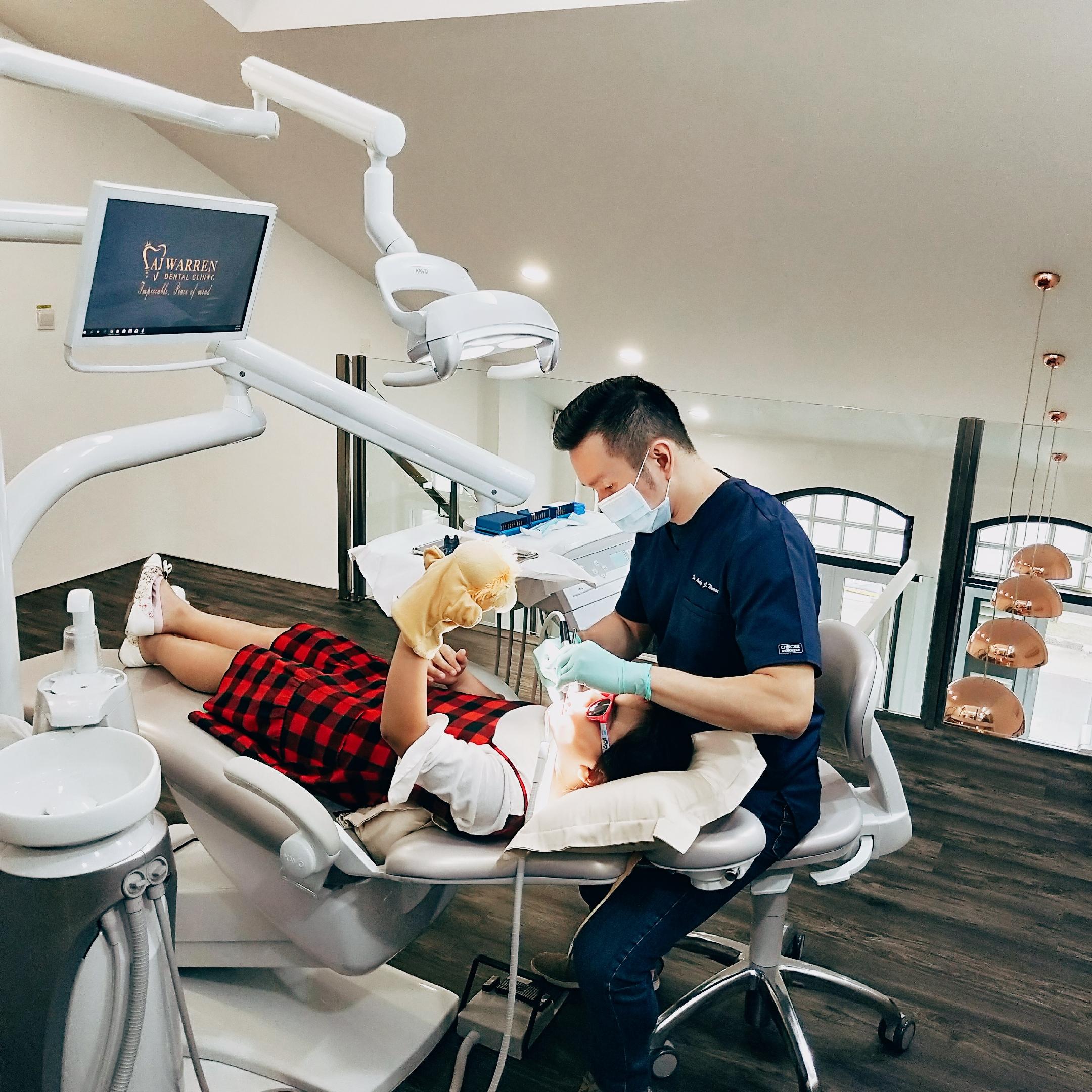 AJ Warren, dentist