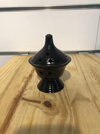 encensoir en métal noir