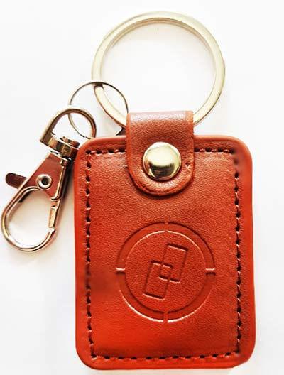 Кожаный RFID брелок ZORIO