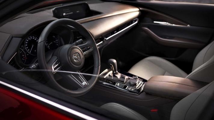 Nuova Mazda CX-30. Comoda e sempre Connessa