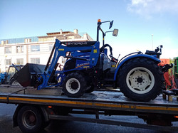 CONSEGNA NEW HOLLAND T3.80F con PALA