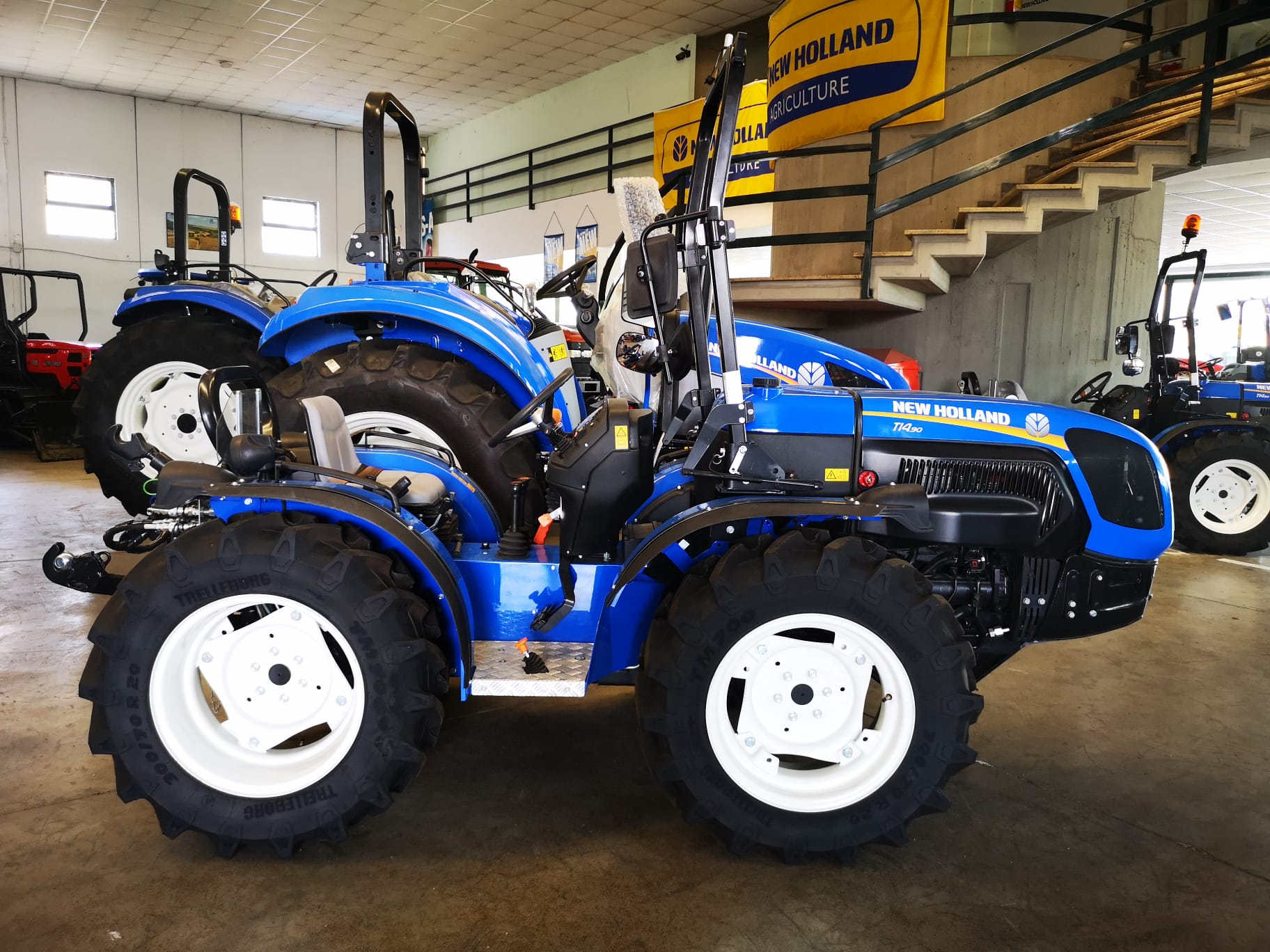 NEW HOLLAND TI 4.90 RS