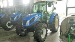 NEW HOLLAND T 4.75 CAB.