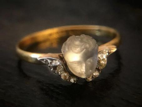 Cherub Symbolism in Jewelry