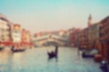 Gôndolas de Veneza.jpg