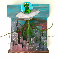 alien invasion 3-D diorama