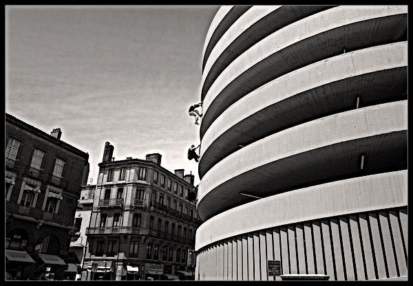 ADD Academy Toulouse, apad, Hugo Cyril, Erwann, Place Victor Hugo, escalade, Laurent Filoche, parkour, art du déplacement, médias, photos