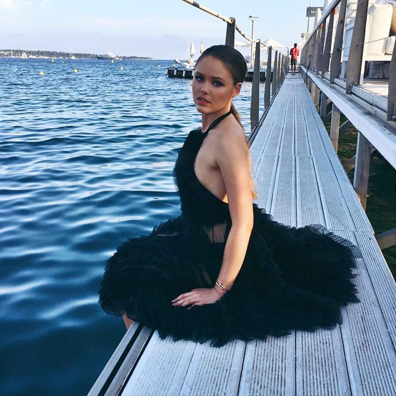 Kristina Bazan In UEL CAMILO