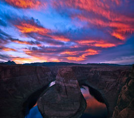 Horseshoe Bend Red Sunset