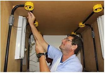 Eletricista Instalador.jpg