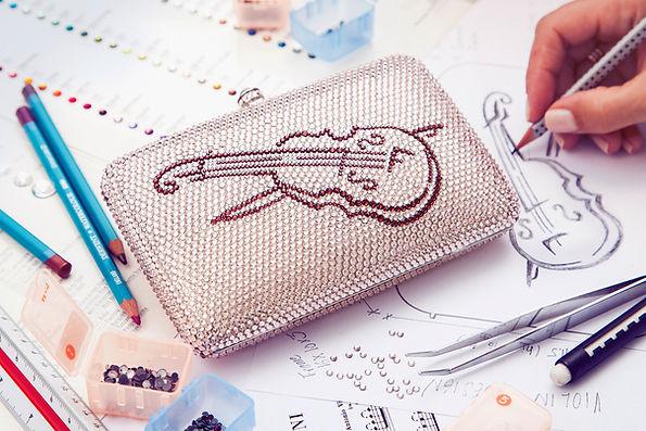 JASMINE NYE | Designer evening clutches | Designer handbags | Designer minaudieres | Custome made evening clutches | Personalize your exclusive minaudiere