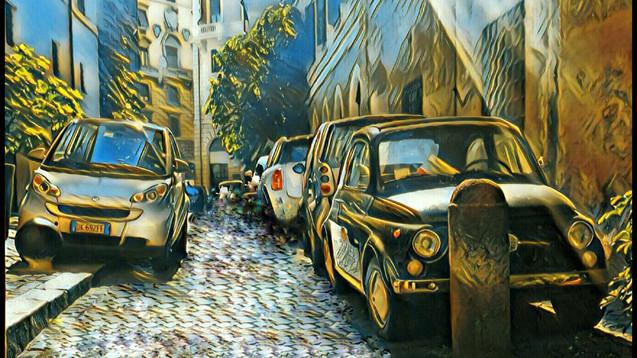 Small Cars on a Small Italian Street – FIAT 500