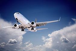 Boeing%20737%20jet%20aeroplane%20landing