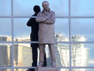 Alex Ferguson honoured with Old Trafford statue