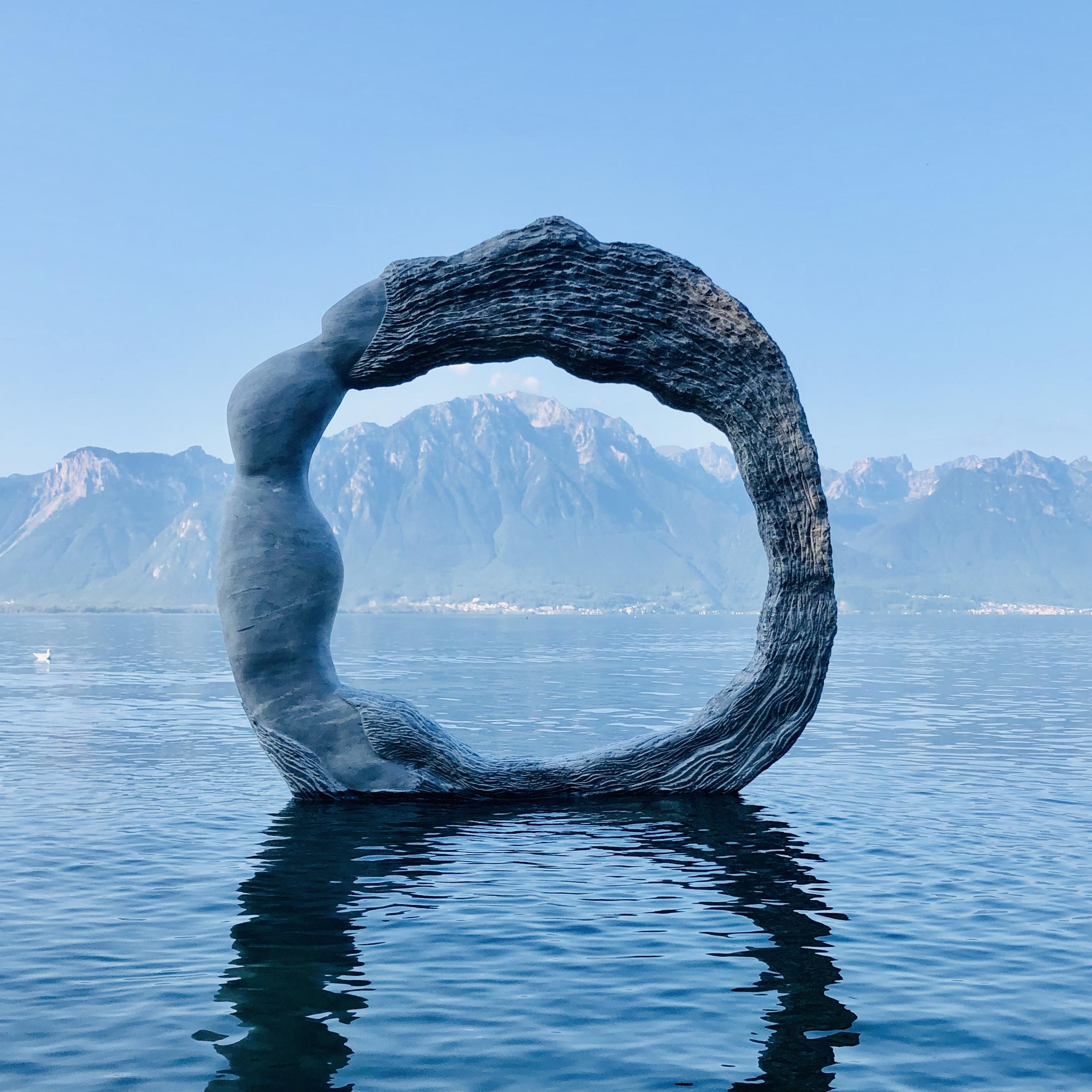 La Vague, Lake Geneva