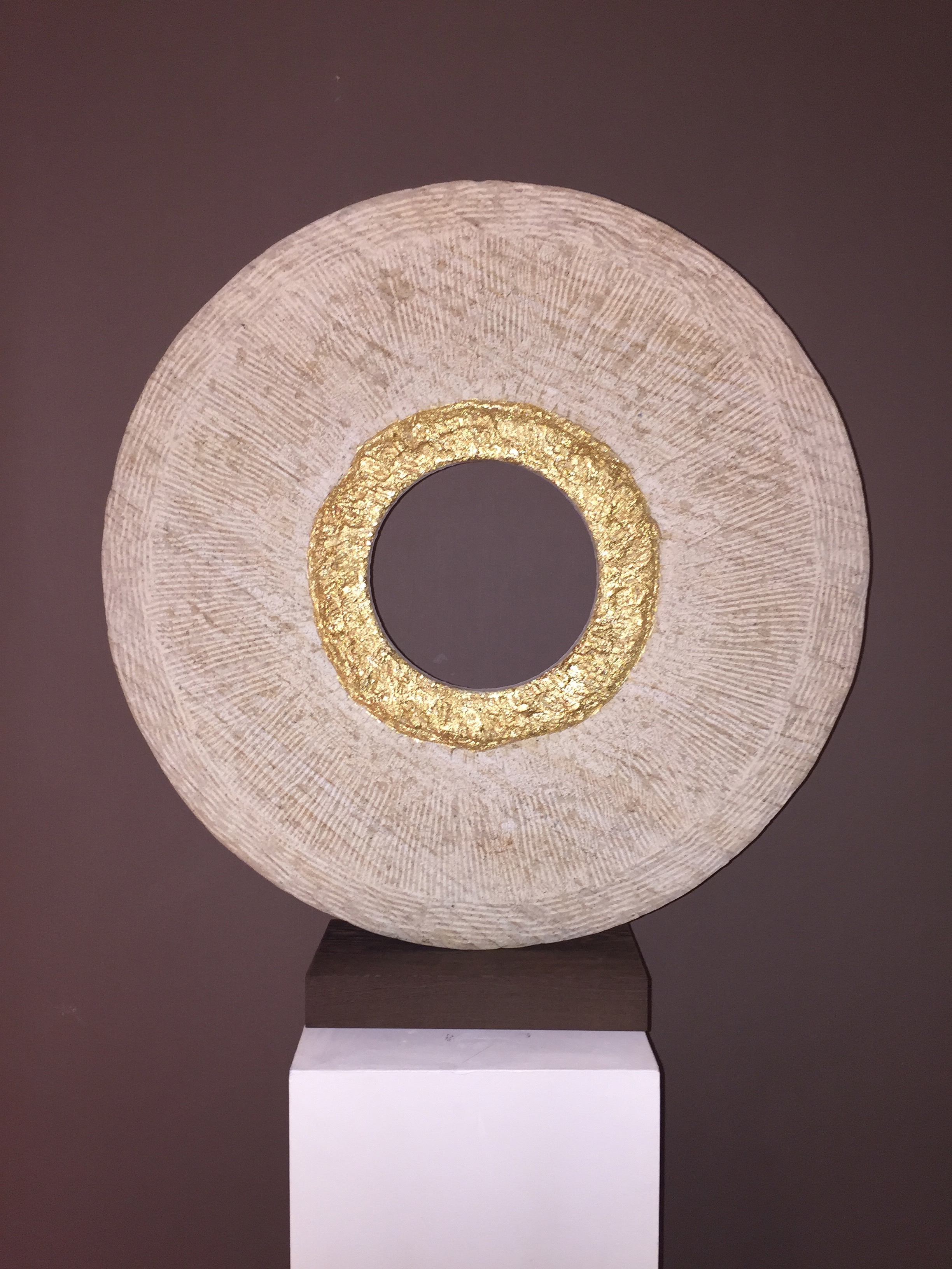 "GOLD RING 26"" / 66cm"