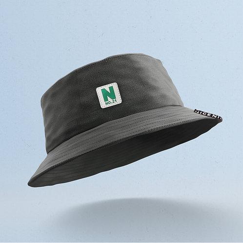 Black No. 21 Bucket
