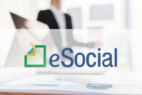 Empresas precisam se preparar para entrada do eSocial