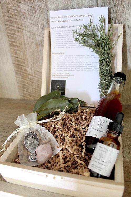 Mountain Laurel Rose Quartz Sacred Ritual Box