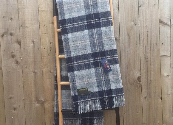 Tweedmill Textiles Bannockbane Grey and navy check tartan throw/ blanket