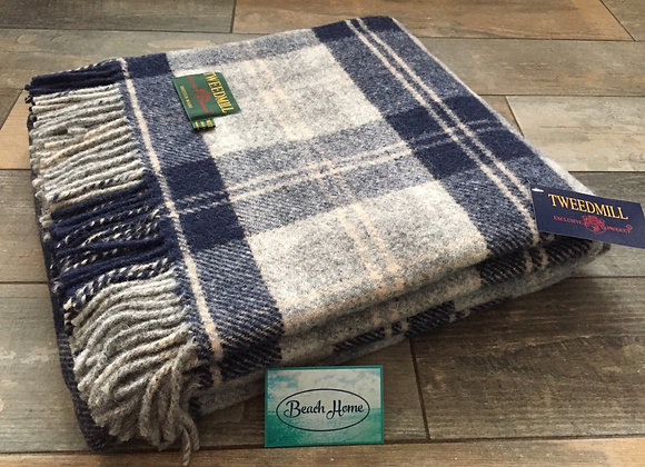Tweedmill Textiles Bannockbane Grey and navy check tartan throw/ blanket