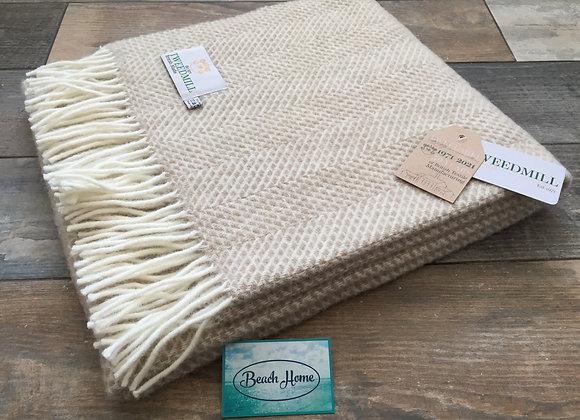 Tweedmill Textiles Oatmeal Beehive knee blanket