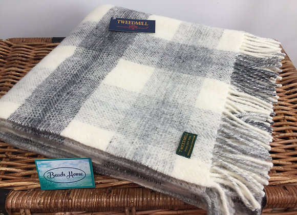 Tweedmill Textiles Pure New Wool Grey Meadow Check blanket/throw