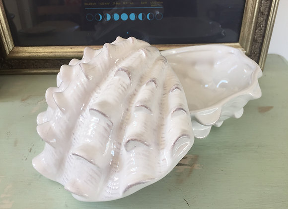 Gisela Graham white ceramic Clam shell Trinket Box