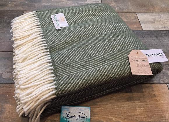 Tweedmill Textiles Pure New Wool Olive Green/Cream Fishbone Throw/Blanket