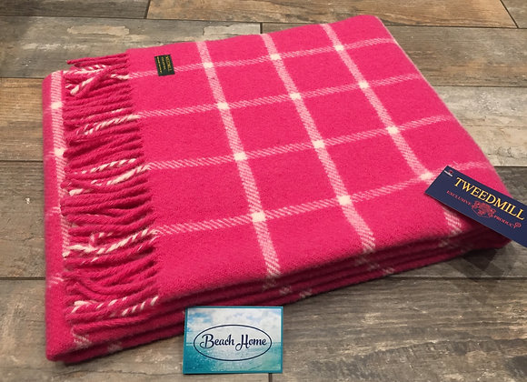 Tweedmill Textiles Pink chequered check Pure wool knee blanket