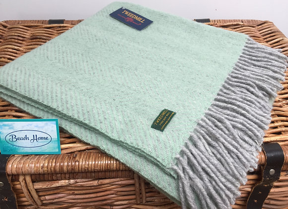 Tweedmill Textiles Laurel Green and grey herringbone knee blanket