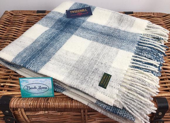 Tweedmill Textiles Ink blue Meadow check Pure wool knee Blanket