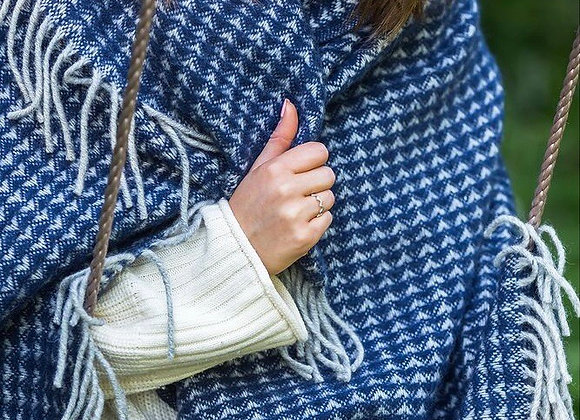 Tweedmill Textiles Pure New Wool Navy Treetop Throw/Blanket